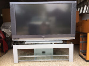 Sony Grand Vega 60'' HD-TV WITH STAND, MEUBLE INCLUS