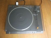 Technics SL-B210 - Record Player - Vinyl Turntable -2-Speed Belt-Drive Turntable