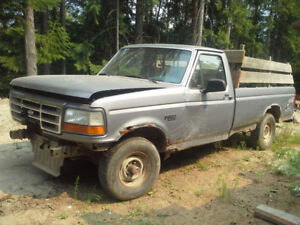 1993 Ford 150 4x4 Out For Parts