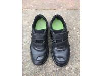 Clarks boys school shoes size 13.5 F
