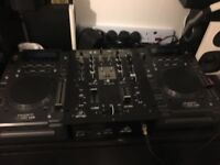 KAM decks with Behringer mixer