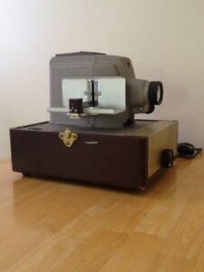 Vintage Slide Projector & Accessories