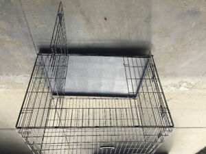 Dog crate with seperating wall