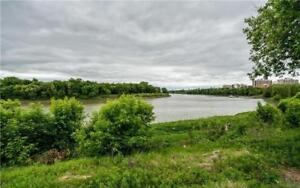 South End Riverfront House with Garage, close to U of M, schools