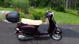 Vespa LX 50 BRAND NEW NEVER DRIVEN