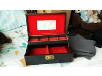 Perfume and jewellery box