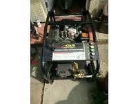 Kiam M3600DXR diesel pressure washer