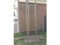 Wooden Garden Arch Climbing Plants/Rose Trellis Arbour
