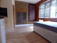 Furnished Studio Flat Woolwich SE18
