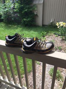 Dakota work shoes