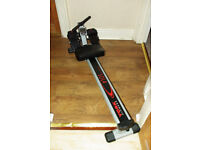 York Fittness r101 heritage Rowing Machine; Condition: Like new
