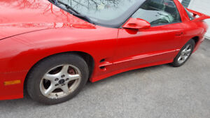 Make an Offer! 2000 Pontiac Trans Am