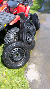 Toyo observe GSI-5 winter tires 195/ 60/ R15