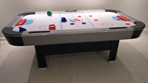 Air hockey table A Donner/ Free