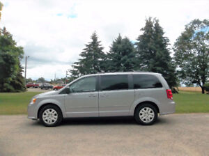 2014 Dodge Grand Caravan SXT- Full Stow N Go & 4 BRAND NEW TIRES