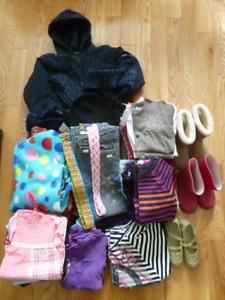 Lot de vêtements fille 7 à 10 ans