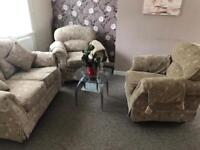 Sofa set 2+1+1 £45