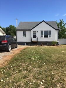 House For Sale in Lampman