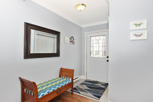 Gorgeous Townhouse, Fully Renovated! $210,000