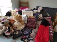 Job-Lot clothes mix sizes .ideal for boot-sale + toys