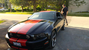 $25000 OBO 2013 V6 Ford Mustang Coupe (2 door)