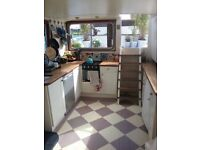 3 Bed Houseboat (on Hampton mooring)