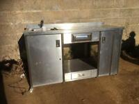 Commercial catering sink unit