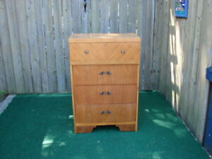 Wood Upright dresser with 4 x drawers