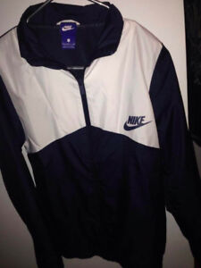 NIKE JACKET HAVE TO GO