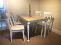 Shabby Chic extendable dining table (white and pine) with 4 chairs