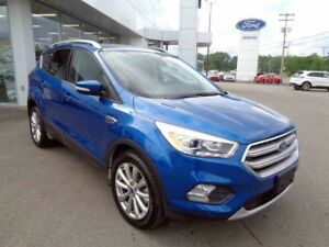 2017 FORD ESCAPE AWD TITANIUM Titanium / DEMO / APPLE CAR PLAY A