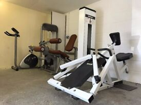 BACK! - weighted row machine - TECHNOGYM heavy duty built for commercial use