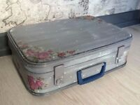 RETRO STYLE SUITCASE / STORAGE BOX