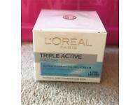 L'Oréal Paris Triple Active Fresh Day Moisturiser