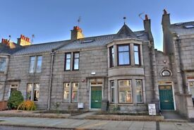 64 Cairnfield Pl, Aberdeen four bedroom, self contained, double upper flat with shared garden