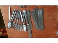 🍴 cutlery