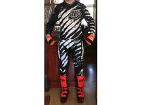 Full motocross kit