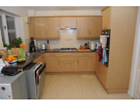 Kitchen units, sink, worktop, hob and oven for quick sale! Must go by 31/07/2017