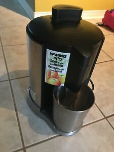 Never Used Waring  Pro Juice Extractor