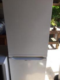 Fridge/freezer and washing machine