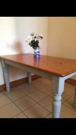 Beautiful 6 seater dining table