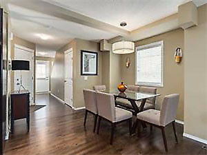 Beautiful Coventry Hills Townhouse - Double Master Bedrooms