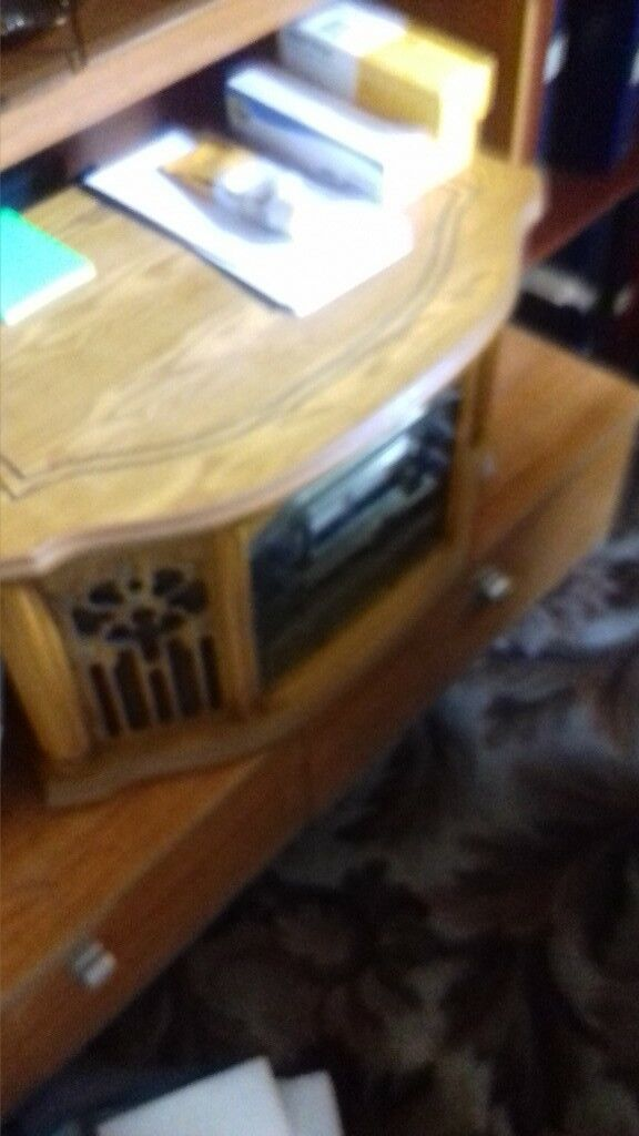 antique look cd plus record player and radio