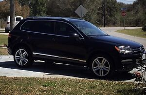 2013 Touareg TDI execline fully loaded.