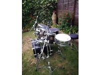 Yamaha custom maple drum kit