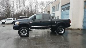 2007 LIFTED Dodge Ram 3500 Pickup Truck