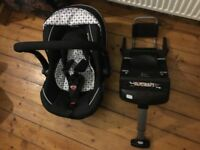 Silercross Ventura car seat and isofix base