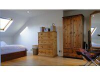 Double En-Suite Room in 4-Bed House