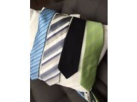 4 Men's Ties & Cravats