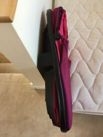 For sale beautiful folding pink quinny buzz/moody baby carrycot
